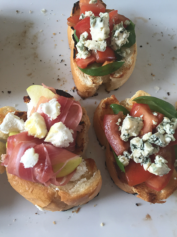 Allaboutthedetails.com Five Minute Appetizers - Two Crostini Recipes