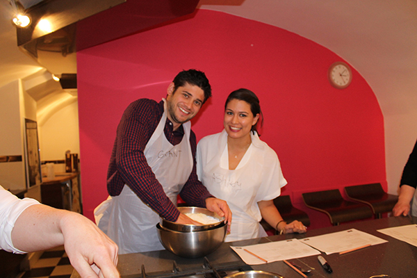 Macaroon Class- How To- Paris-allaboutthedetails-3