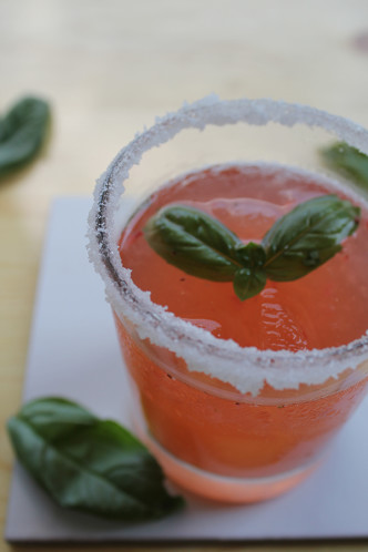Strawberry Basil Vodka Spritzer- Thirsty Thursday-allaboutthedetails-4